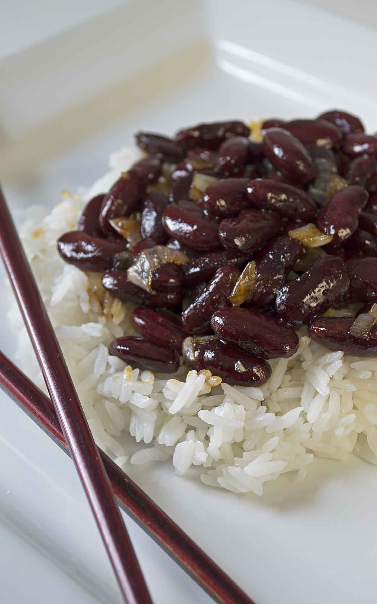 Kidney Beans and Rice With Sauce