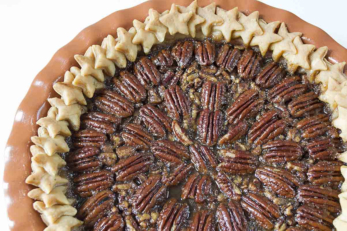 Easy Maple Pecan Pie