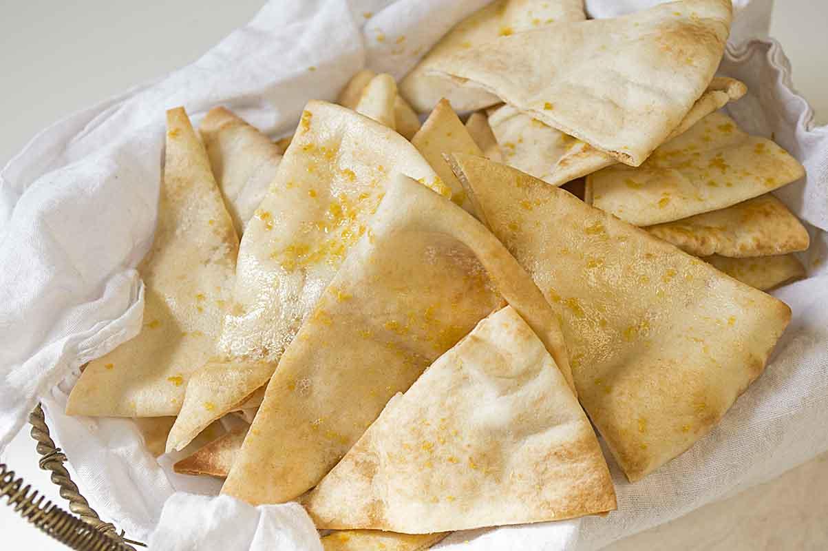 Roasted Garlic Pita Chips Recipe