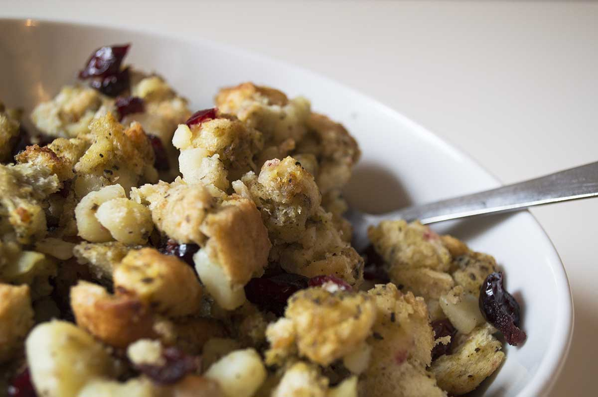 easy vegan stuffing with cranberry